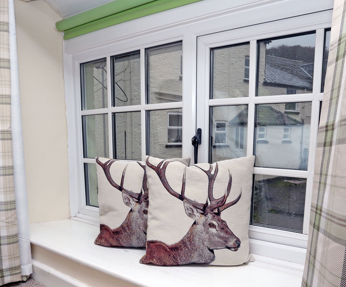Coachingmans Stags Cushions